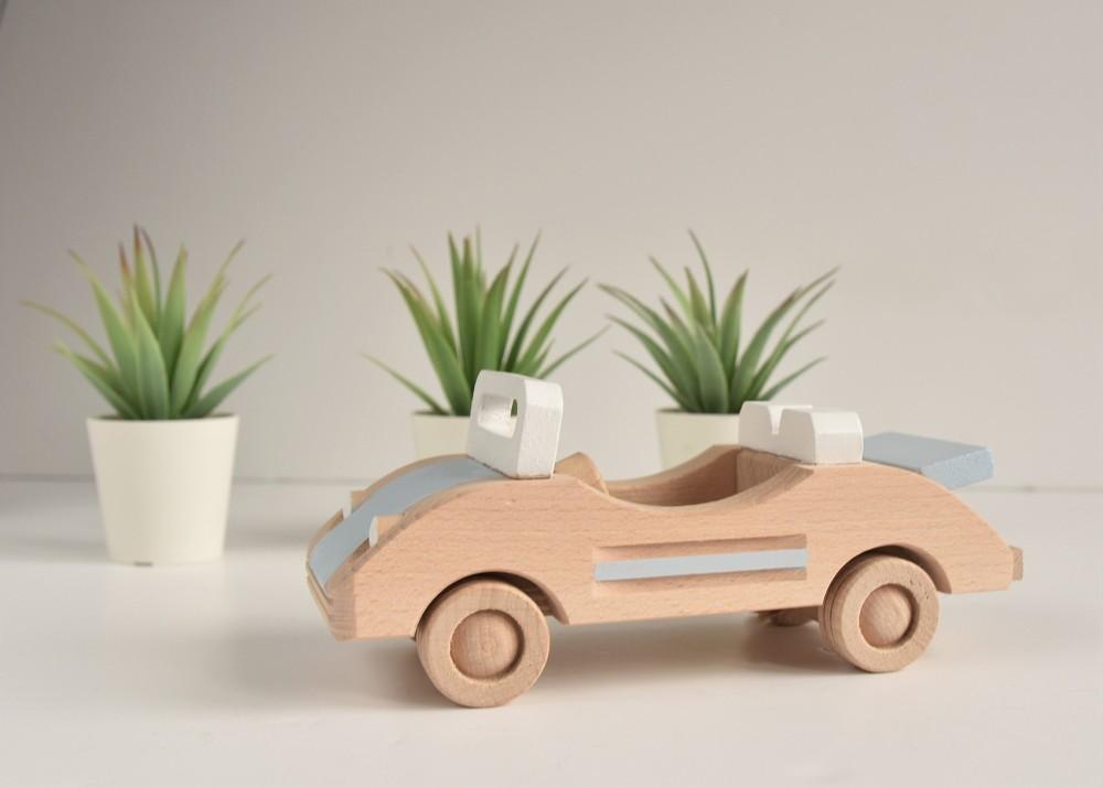 Drewniany samochód - kabriolet